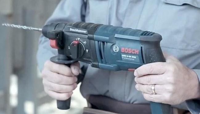 Máy khoan Bosch GBM 2 - 20 DRE 1