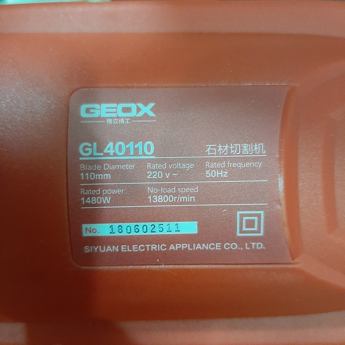 may-cat-geox-gl40110