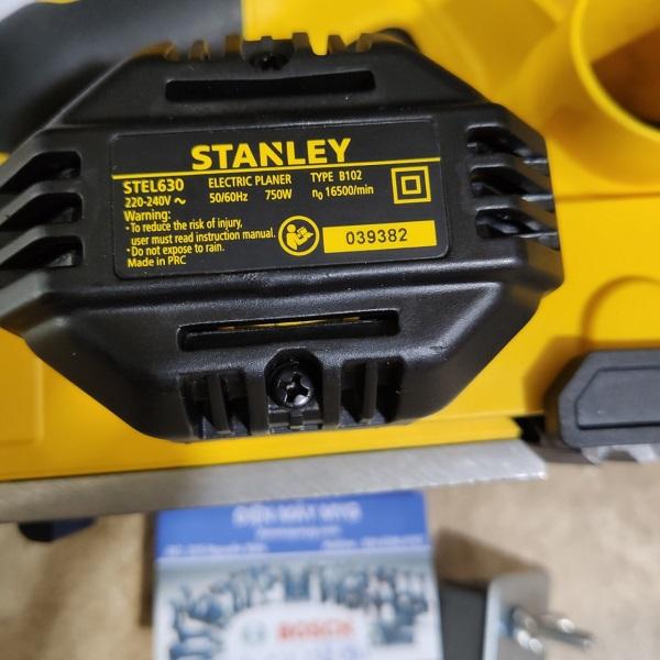 Máy bào Stanley STEL630