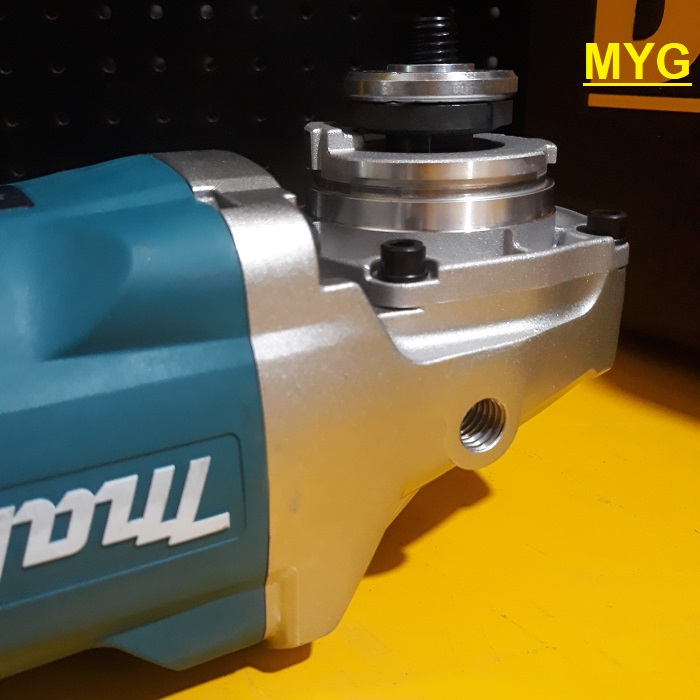 may-mai-goc-makita-ga9060