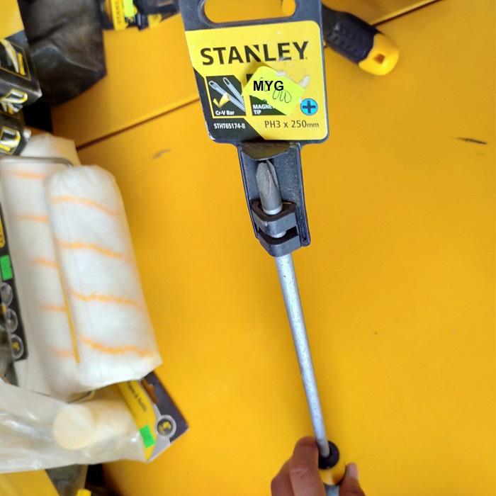 Tô vít 4 cạnh Stanley STHT65174-8 1