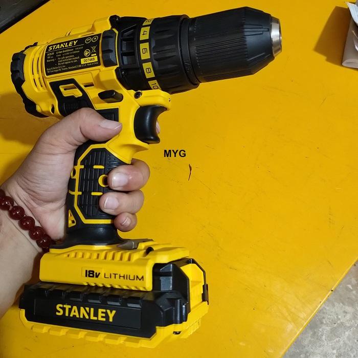 may-khoan-pin-stanley-scd20c2k