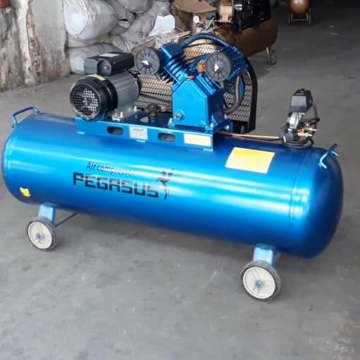 Máy nén khí 3HP 180L Pegasus TM-V-0.25/8-180L